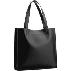 Torebka CREOLE - K10208 Czarny. Czarne torebki klasyczne damskie Creole, ze skóry. W wyprzedaży za 229,00 zł.