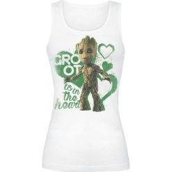 Guardians Of The Galaxy 2 - Groot Is In The Heart Top damski biały. Białe topy damskie Guardians Of The Galaxy, xl, z nadrukiem, z okrągłym kołnierzem. Za 74,90 zł.