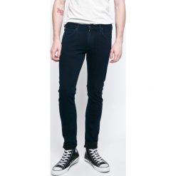 Lee - Jeansy 719 Luke Epic. Szare jeansy męskie regular Lee. W wyprzedaży za 219,90 zł.