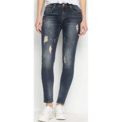 Granatowe Jeansy Promptly. Niebieskie jeansy damskie Born2be. Za 74,99 zł.