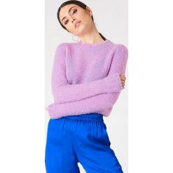 Swetry klasyczne damskie: Samsoe & Samsoe Sweter Sizzla O-N – Purple
