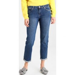 Mint Velvet ROSEVILLE RELAXED SKINNY Jeansy Slim Fit authentic indigo. Niebieskie rurki damskie Mint Velvet. Za 369,00 zł.