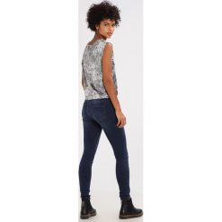 2ndOne NICOLE Jeans Skinny Fit blue fade. Niebieskie jeansy damskie marki 2ndOne, z bawełny. W wyprzedaży za 239,20 zł.