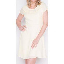 Sukienki balowe: Sukienka w kolorze kremowym