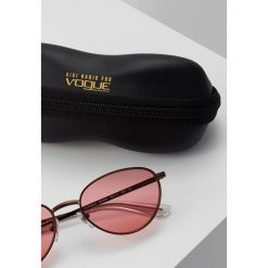VOGUE Eyewear GIGI HADID Okulary przeciwsłoneczne light brown. Brązowe okulary przeciwsłoneczne damskie marki VOGUE Eyewear. Za 579,00 zł.