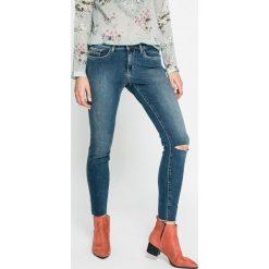 Calvin Klein Jeans - Jeansy. Niebieskie jeansy damskie marki Calvin Klein Jeans, z bawełny. W wyprzedaży za 379,90 zł.