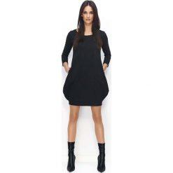 Czarna Dresowa Mini Sukienka Bombka. Czarne sukienki dresowe marki Molly.pl, na co dzień, uniwersalny, sportowe, z kapturem, proste. Za 104,90 zł.
