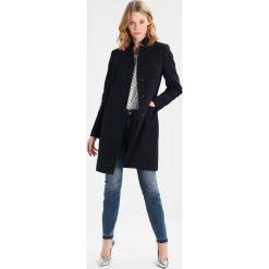 Płaszcze damskie pastelowe: comma Krótki płaszcz tinte