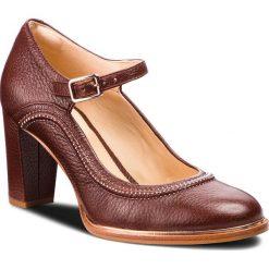 Półbuty CLARKS - Ellis Mae 261351074 Tan Leather. Brązowe creepersy damskie Clarks, z materiału, eleganckie, na obcasie. Za 499,00 zł.