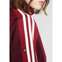 Adidas Originals ADIBREAK  Kurtka sportowa maroon. Szare kurtki sportowe damskie marki adidas Originals, na co dzień, z nadrukiem, z bawełny, casualowe, z okrągłym kołnierzem, proste. Za 329,00 zł.