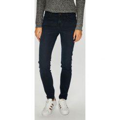 Mustang - Jeansy Jasmin. Niebieskie jeansy damskie marki House, z jeansu. W wyprzedaży za 239,90 zł.