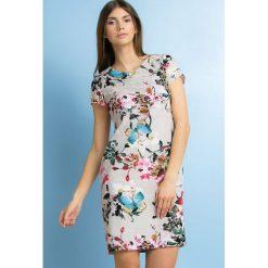 Sukienki: Sukienka w kolorowe kwiaty
