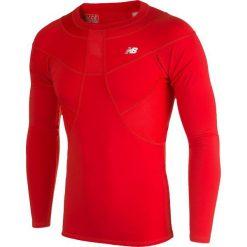 Koszulka kompresyjna - MT710136HRD. Czerwone koszulki do piłki nożnej męskie New Balance, na jesień, m, z materiału. Za 149,99 zł.