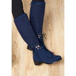 Granatowe Kozaki Senior Shawl. Różowe buty zimowe damskie Born2be, z okrągłym noskiem, na niskim obcasie, na płaskiej podeszwie. Za 99,99 zł.