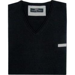 Sweter DARIO SWC000020. Czarne swetry klasyczne męskie Giacomo Conti, m, z wełny, z klasycznym kołnierzykiem. Za 229,00 zł.