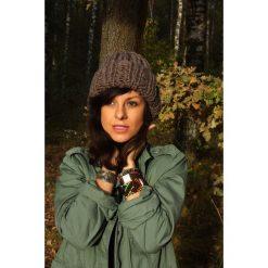 Czapki zimowe damskie: Brązowa czapka hand made z wełną