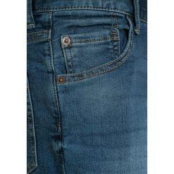 GAP Jeansy Straight Leg medium wash. Niebieskie jeansy męskie regular GAP, z bawełny. Za 129,00 zł.