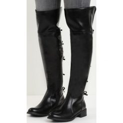 Czarne Kozaki Underneath It All. Czarne buty zimowe damskie marki Born2be, z materiału, z okrągłym noskiem, na obcasie. Za 79,99 zł.