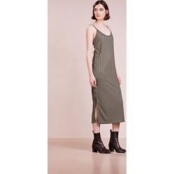 Długie sukienki: Won Hundred NATASHA LONG Długa sukienka war print