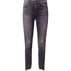 Mother ZIP STUNNER TWO STEP FRAY Jeans Skinny Fit grey. Szare boyfriendy damskie Mother. Za 1429,00 zł.