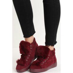 Bordowe Sneakersy Taryn. Czerwone sneakersy damskie marki Born2be, z okrągłym noskiem, przed kolano, na wysokim obcasie, na platformie, na sznurówki. Za 59,99 zł.