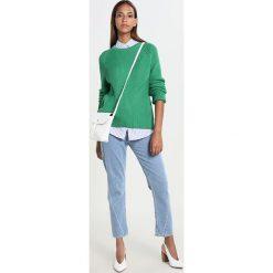 Swetry klasyczne damskie: JUST FEMALE STAR Sweter amazon