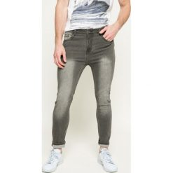 Sublevel - Jeansy. Szare jeansy męskie z dziurami marki Sublevel. W wyprzedaży za 79,90 zł.