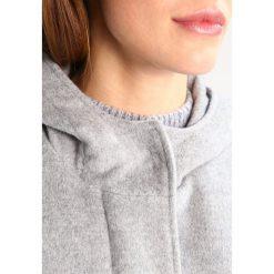 Opus HAYDEN Płaszcz wełniany /Płaszcz klasyczny light grey. Szare płaszcze damskie pastelowe Opus, m, z materiału, klasyczne. W wyprzedaży za 531,30 zł.