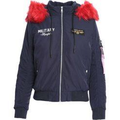 Granatowa Kurtka Loud Opinion. Czerwone kurtki damskie zimowe marki Born2be, l, z aplikacjami. Za 119,99 zł.