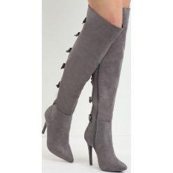 Szare Kozaki Territory of Bows. Czarne buty zimowe damskie marki Kazar, ze skóry, przed kolano, na wysokim obcasie, na obcasie. Za 139,99 zł.