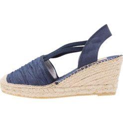 Buty ślubne damskie: Vidorreta Czółenka na platformie dunas