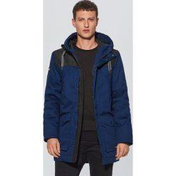 Zimowy płaszcz - Granatowy. Niebieskie płaszcze na zamek męskie Cropp, na zimę, l. Za 329,99 zł.