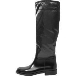 L'Autre Chose Kalosze black. Czarne buty zimowe damskie L'Autre Chose, z gumy. W wyprzedaży za 447,85 zł.