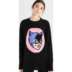 Sweter Catwoman - Czarny. Czarne swetry klasyczne damskie Sinsay, l. Za 59,99 zł.