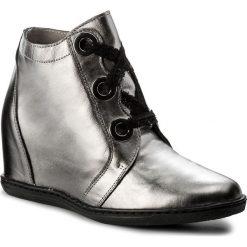 Sneakersy EKSBUT - 77-4655-G56/00K-1G Koronka. Szare sneakersy damskie Eksbut, z koronki. W wyprzedaży za 239,00 zł.