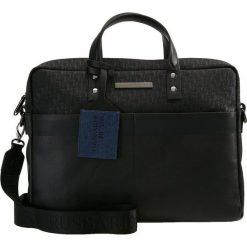Trussardi Jeans BOCCONI BRIEF CASE BAG LOGO Aktówka black. Czarne aktówki męskie marki Trussardi Jeans, z jeansu. Za 669,00 zł.