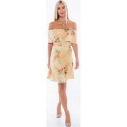 Miodowa sukienka w kwieciste wzory 3368. Pomarańczowe sukienki Fasardi, l. Za 49,00 zł.