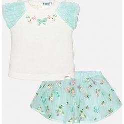 Mayoral - Komplet dziecięcy (top + spódnica) 80-98 cm. Szare bluzki dziewczęce bawełniane Mayoral, z haftami, z okrągłym kołnierzem, z krótkim rękawem. Za 169,90 zł.