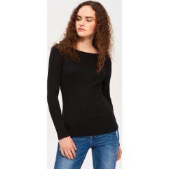 Bluzki, topy, tuniki: T-shirt z dekoltem w łódkę – Czarny