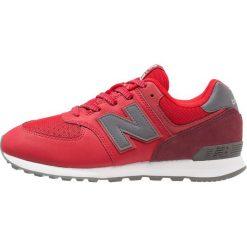 New Balance Tenisówki i Trampki red. Szare tenisówki męskie marki New Balance, na lato, z materiału. Za 269,00 zł.