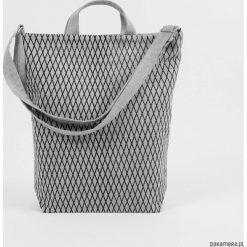 Ekologiczna torba na co dzień Romby. Szare torby na ramię męskie Pakamera, z tkaniny, na ramię, duże. Za 169,00 zł.