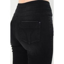 Miss Sixty JEPSON TROUSERS Jeans Skinny Fit black. Czarne boyfriendy damskie Miss Sixty. W wyprzedaży za 431,20 zł.