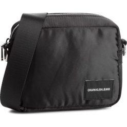 Torebka CALVIN KLEIN JEANS - Satin Camera Bag K40K400820 001. Czarne listonoszki damskie marki Calvin Klein Jeans, z jeansu. Za 279,00 zł.