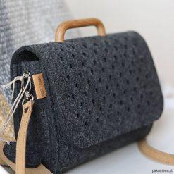 Torebki i plecaki damskie: Mała grafitowa filcowa torebka Felt&Wood I