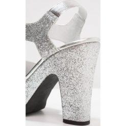 Rzymianki damskie: Shoe The Bear SANDY Sandały na obcasie silver
