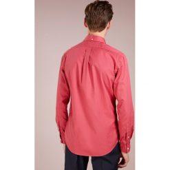 Polo Ralph Lauren SLIM FIT Koszula chili pepper. Szare koszule męskie slim marki Polo Ralph Lauren, l, z bawełny, button down, z długim rękawem. Za 459,00 zł.