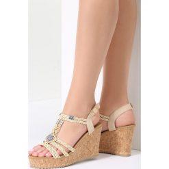Beżowe Sandały Forbearance. Białe sandały damskie marki vices. Za 99,99 zł.