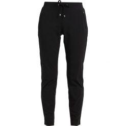 Spodnie dresowe damskie: comma casual identity Spodnie treningowe black