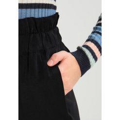 Spodnie z wysokim stanem: YAS YASCINTURA HIGH WAIST PANT Spodnie materiałowe black