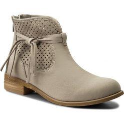 Botki LASOCKI - 70409-08 Szary. Szare buty zimowe damskie Lasocki, z nubiku, na obcasie. W wyprzedaży za 199,99 zł.